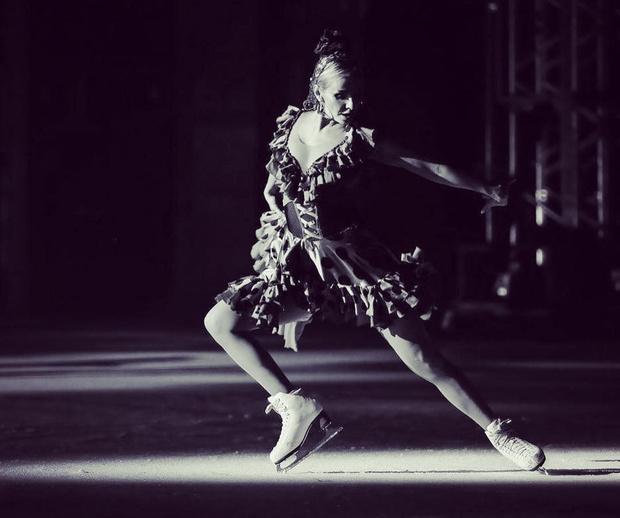 Фото №1 - Татьяна Навка: «После рождения Нади супруг не просил меня бросить работу. Мой муж — мудрейший человек, и он понимает, что я не могу жить без движения»