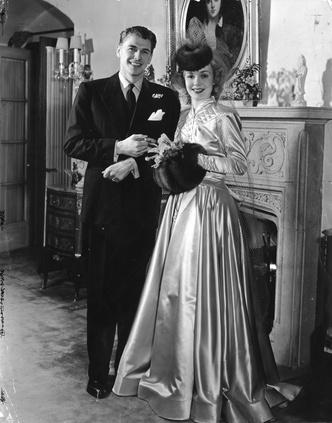 Фото №8 - Как выходили замуж легенды Голливуда: самые красивые ретро-фотографии