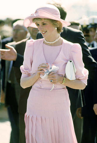 Фото №17 - Как Кейт Миддлтон вдохновляется стилем принцессы Дианы (и, главное, зачем?)