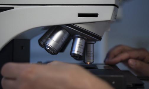 """Фото №1 - Минздрав разрешил пациентам с диагнозом """"рак"""" участвовать в исследованиях """"ЭпиВакКороны"""" и """"КовиВака"""""""