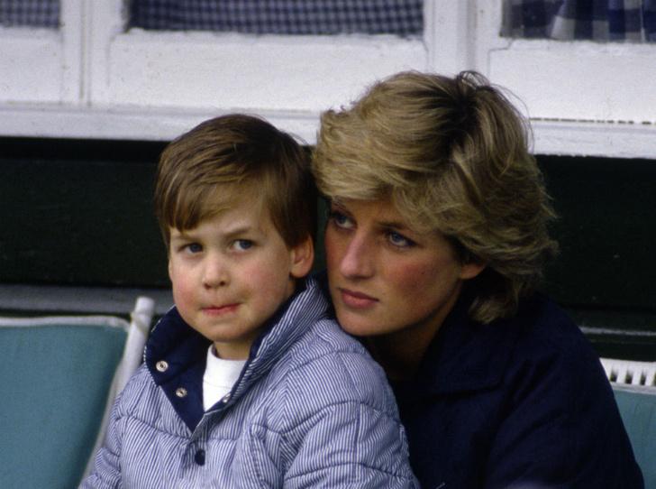 Фото №1 - Мама не одобряет: какое увлечение Уильяма ненавидела Диана