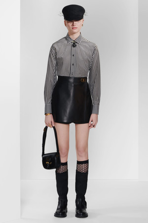 Фото №3 - Дань великому кутюрье: Dior выпустил сумку Bobby с особой историей