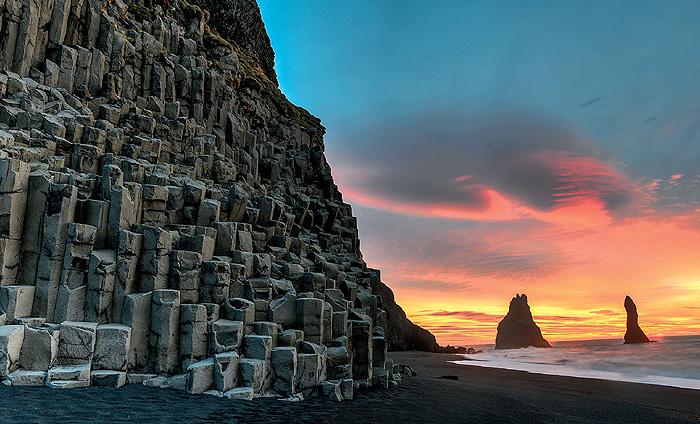 Фото №1 - Место дня. Исландия, Пальцы Троллей