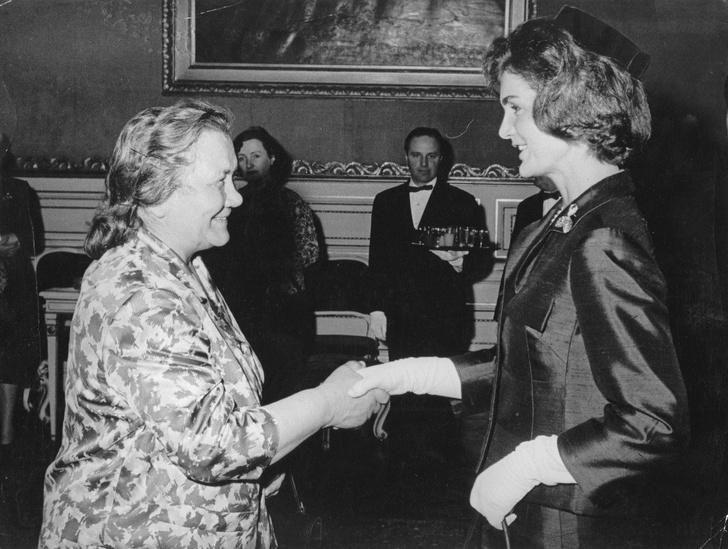 Фото №5 - Брала пример с жены Никиты Хрущева и увезла детей из США: тайны Жаклин Кеннеди