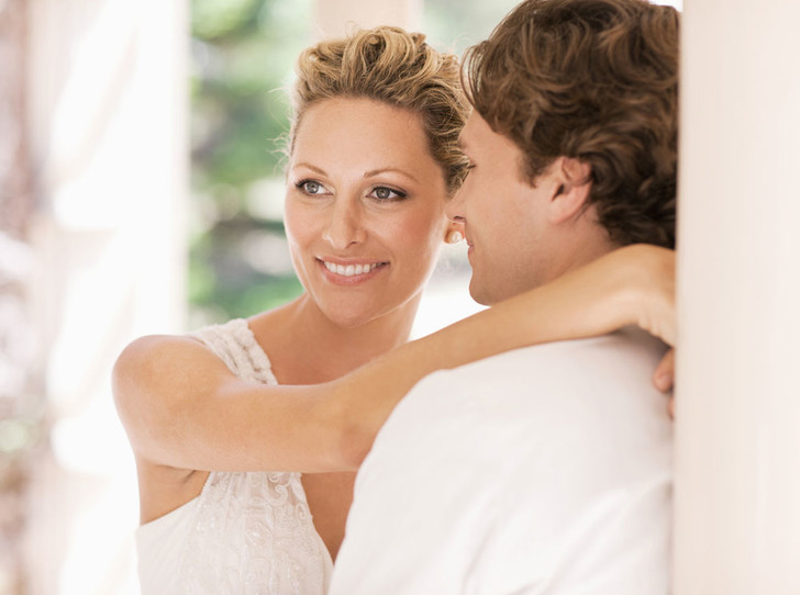 Фото №1 - О чем стоит помнить, выходя замуж за иностранца: советы адвоката