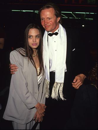 Фото №4 - Любимые мужчины и женщины Анджелины Джоли: 9 главных романов актрисы