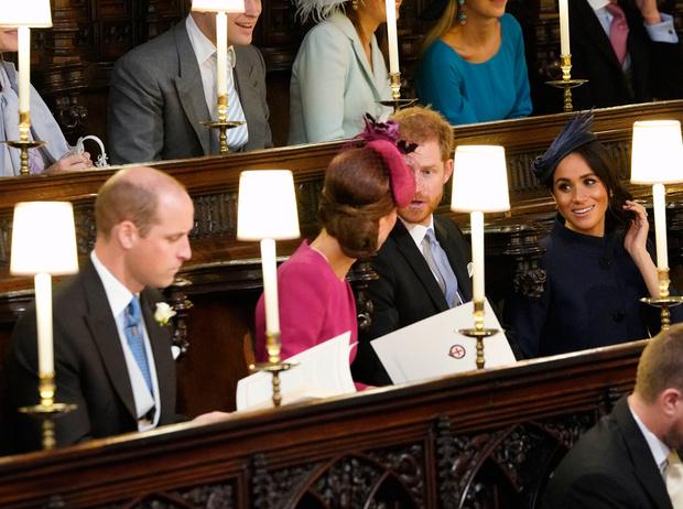 Фото №4 - Почему Елизавета II отказала Гарри и Меган в «полной независимости»