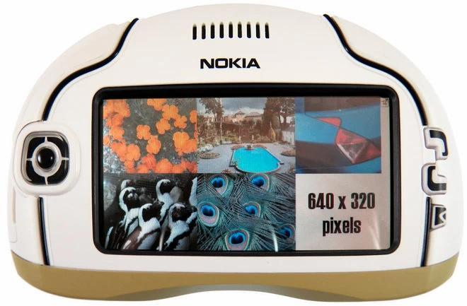 Фото №8 - Самые странные телефоны из прошлого, которые на фоне современных смартфонов выглядят внезапно футуристично