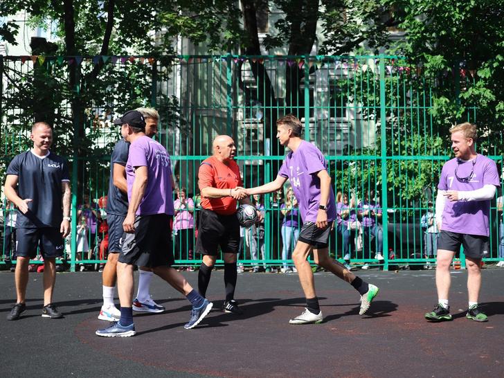 Фото №1 - Как прошел благотворительный футбольный матч Фонда Хабенского и Kia Russia & CIS