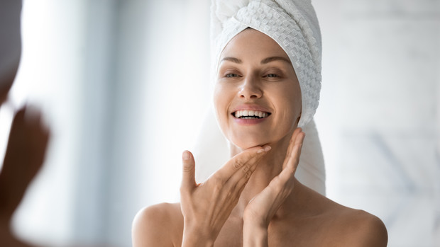 маска с яйцом для лица от морщин прыщей для сухо кожи рецепт как делать пошаговая инструкция польза отзывы