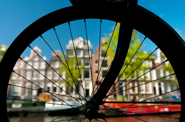 Фото №1 - Звенья одной цепи: Как голландцы заново изобрели велосипед