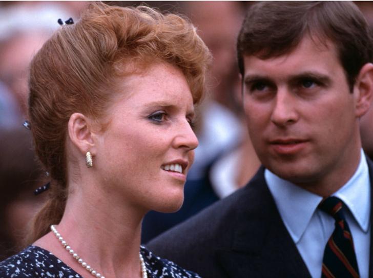 Фото №4 - Почему отец Сары Фергюсон винил принца Эндрю в разводе