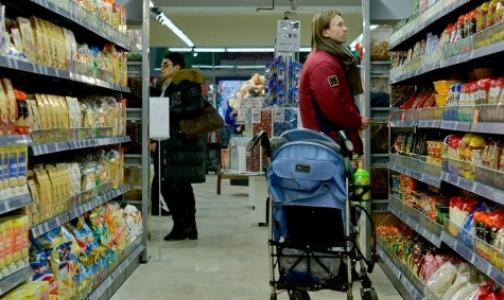 Фото №1 - Петербургские врачи просят родителей не брать с собой в супермаркеты детей