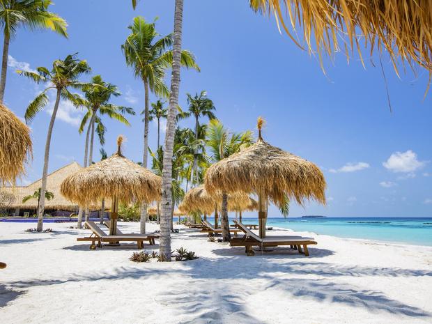 Фото №1 - От Мальдив до Мексики: куда отправиться на праздники (и вообще этой зимой)