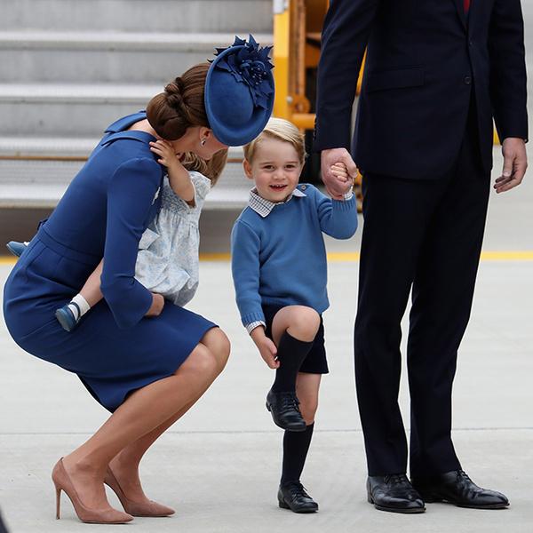 Фото №2 - Принц Джордж, принцесса Шарлотта и Кейт Миддлтон стали звездами канадского тура