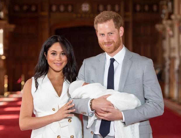 Фото №2 - Сыну принца Гарри и Меган Маркл— 2 года: как выглядит ребенок, которого не показывают прессе