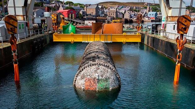 Фото №2 - «Майкрософт» извлекла из-под воды экспериментальный дата-центр, пролежавший два года на дне