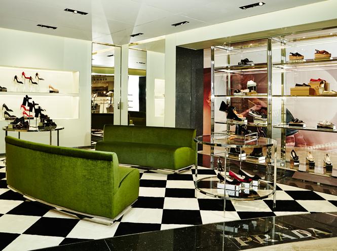 Фото №2 - Prada открывает новый бутик в Москве