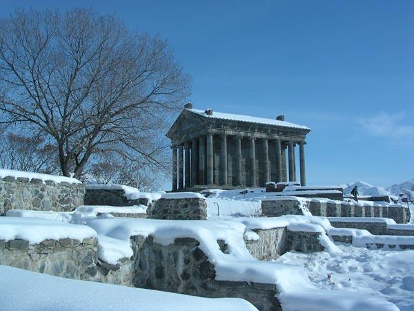 Фото №4 - Древние храмы из камня в Каменной стране