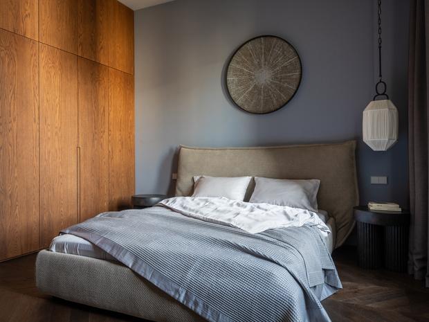 Фото №8 - Квартира с камином в нейтральных оттенках 66 м²