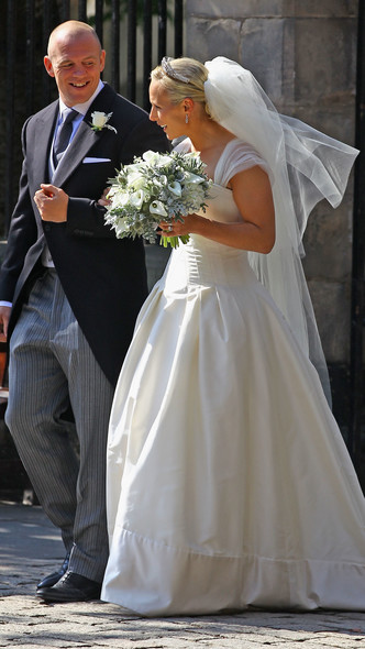 Foto #10 - De la Elisabeta a II-a la Printesa Beatrice: in ce pantofi s-au casatorit printesele