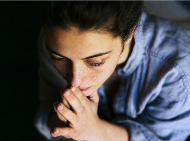 Фото №2 - Как пережить утрату близкого человека: советы психолога