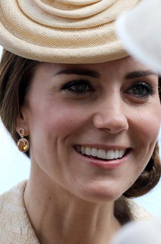 Фото №6 - Драгоценности герцогини: любимые ювелирные бренды Кейт Миддлтон
