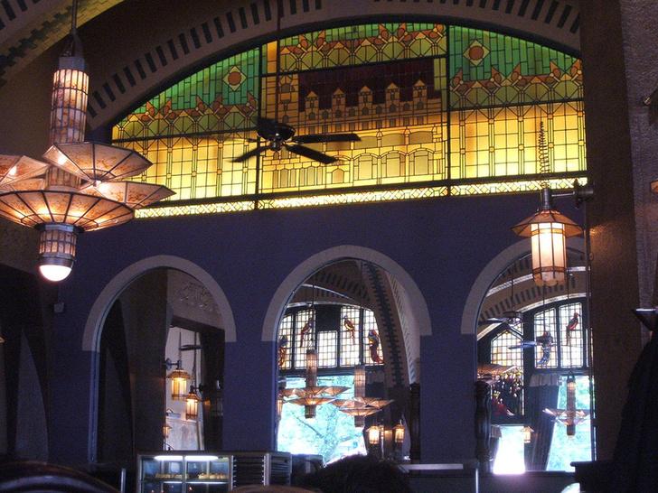 Фото №3 - Легендарные богемные кафе Европы