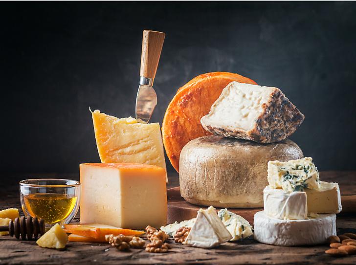 Фото №1 - Дух Франции: что приготовить из бри,камамбераи голубого сыра