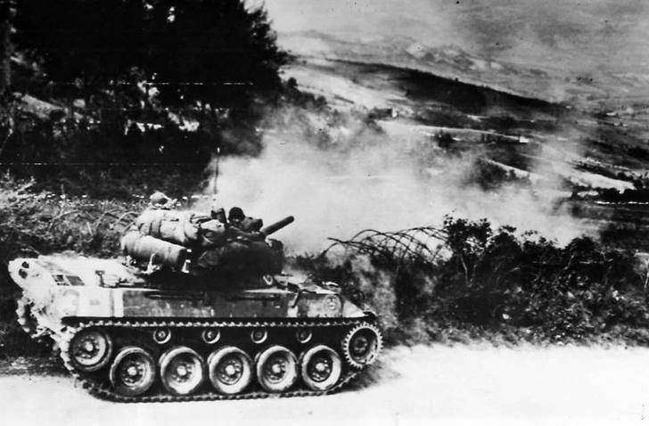 Фото №3 - «Выстрелил, уехал…»: 7 фактов о самой трусливой самоходке Второй мировой