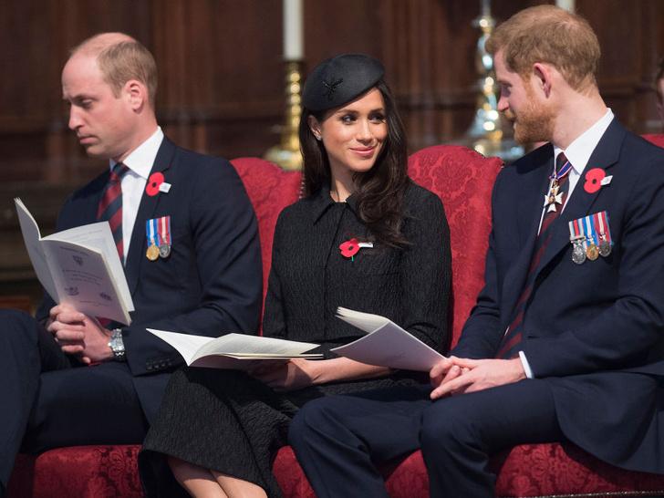 Фото №1 - Роковая любовь Гарри: почему Уильям всегда видел в Меган угрозу монархии