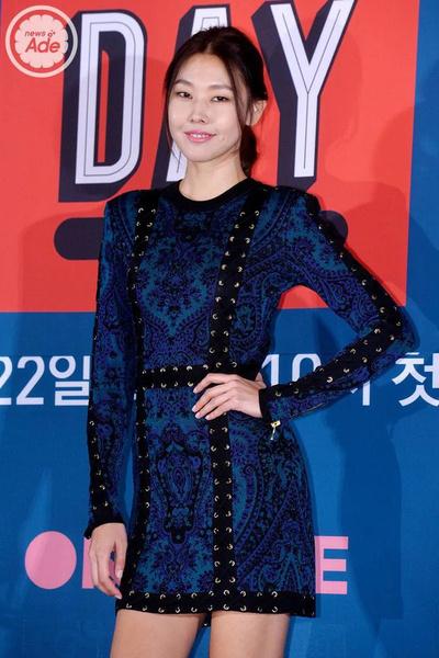 Фото №5 - Как выглядеть стройнее с помощью одежды: 5 лайфхаков корейских айдолов