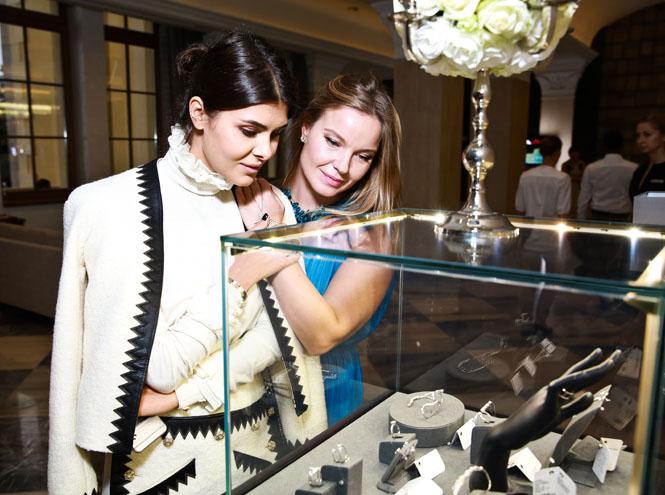 Фото №2 - Яна Рудковская и другие гости бранча J-Point