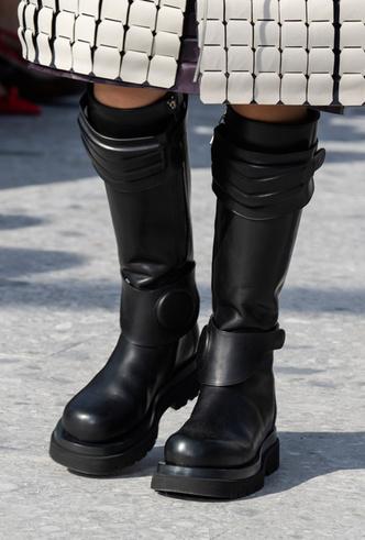 Фото №29 - Самая модная обувь осени и зимы 2019/20
