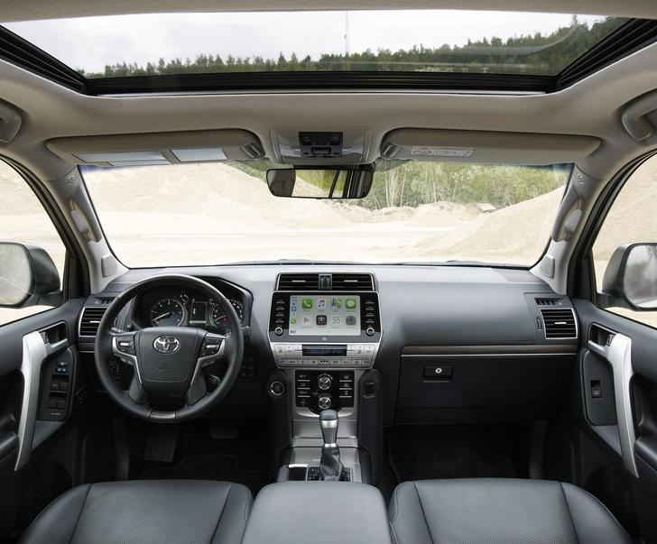 Фото №11 - Toyota добавила красоты и мощности Land Cruiser Prado