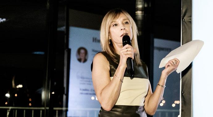 Алена Долецкая: «Дресс-код силы: как одежда помогает управлять людьми»