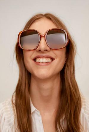 Фото №6 - Очки для лета: самые модные модели 2020