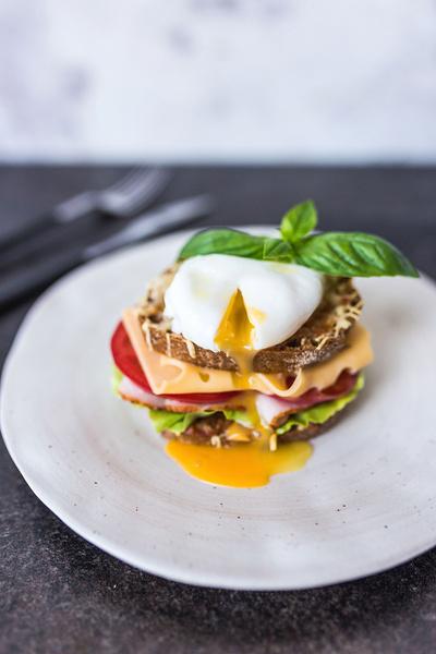 Фото №3 - Кормим завтраками: четыре классных рецепта для отличного утра