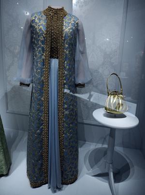 Фото №12 - Королевы Белого дома: самые роскошные инаугурационные платья Первых леди