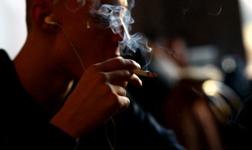 Фото №1 - Профсоюзы просят смягчить для курильщиков антитабачный закон