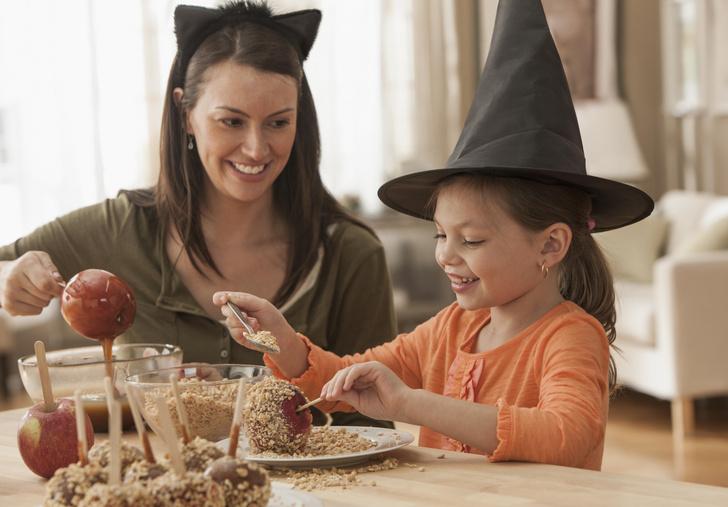 Фото №1 - 8 звездных рецептов к Хэллоуину, которые можно попробовать прямо сейчас