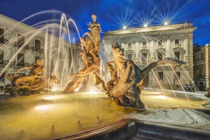 Фото №7 - Шкатулка с сокровищами: Сицилия в 10 фактах и фотооткрытках