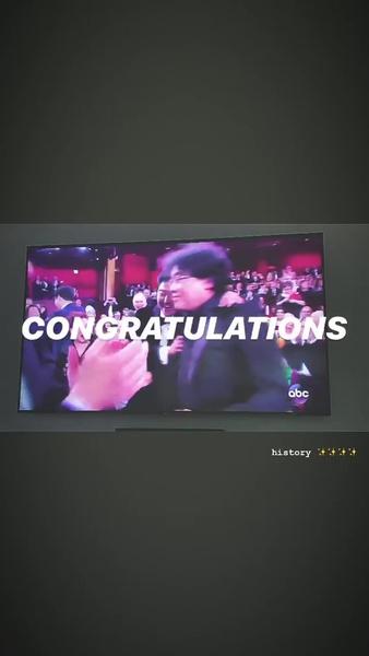 Фото №1 - Президент Южной Кореи, BTS и другие звезды поздравляют команду «Паразитов» с победой на «Оскаре»