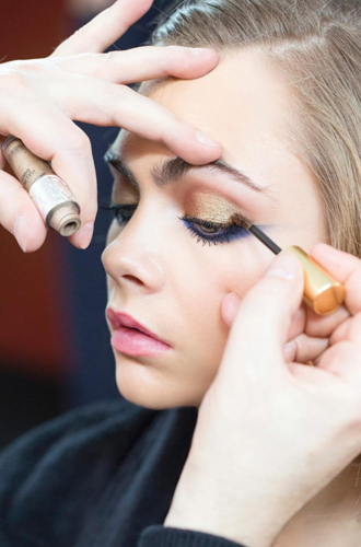 Фото №4 - Больше цвета от YSL: beauty-руководство по карандашам для глаз