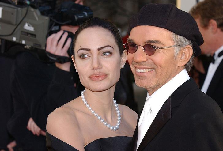 Анджелина Джоли решила наладить отношения с Билли Бобом Торнтоном назло Питту, флиртующему с Энистон
