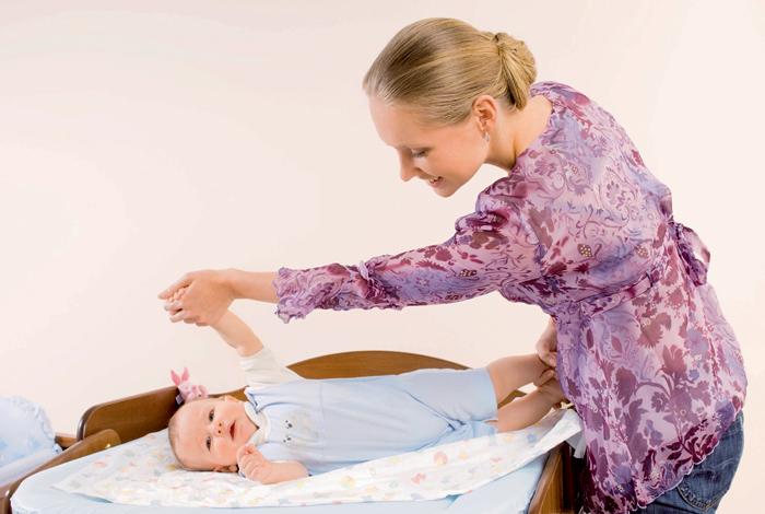 Фото №5 - Учим малыша переворачиваться на животик: 6 этапов