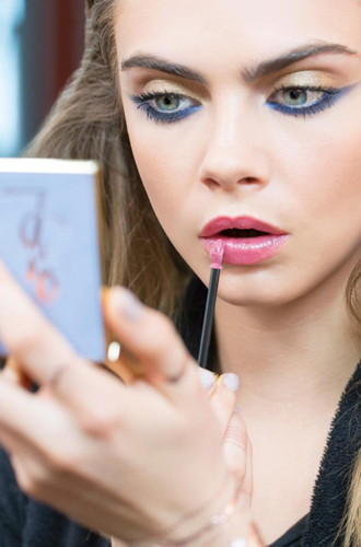 Фото №5 - Больше цвета от YSL: beauty-руководство по карандашам для глаз