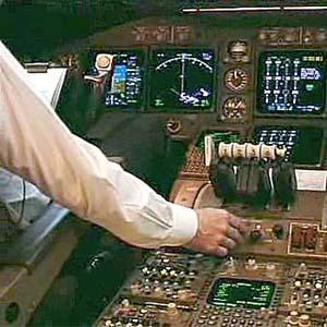 Фото №1 - Boeing-737 аварийно сел в Сибири