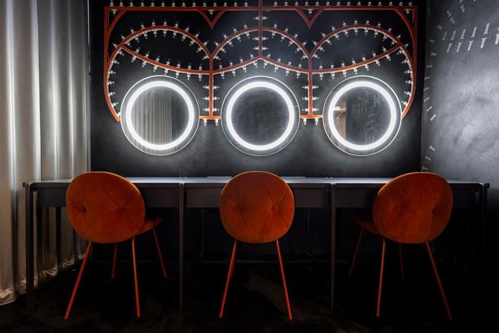 Фото №1 - 17 архитектурных бюро переосмыслили гримерки Театра Арчимбольди в Милане