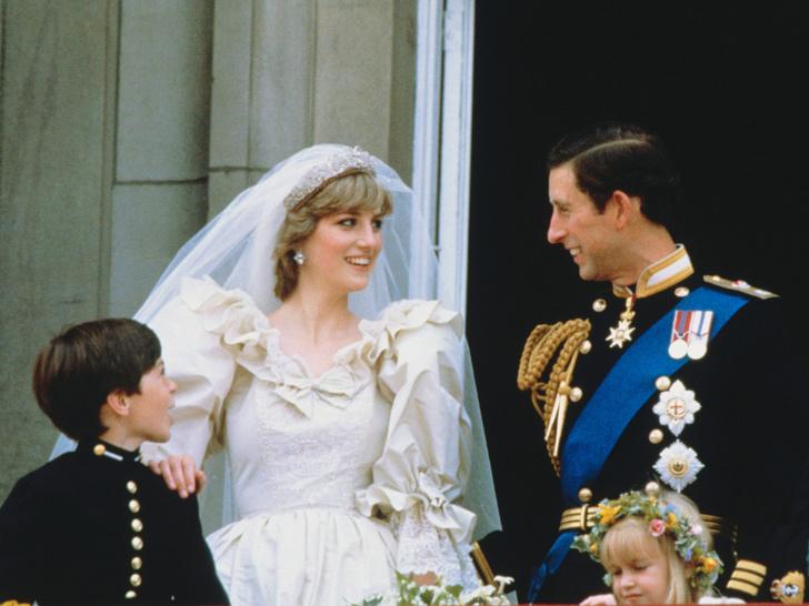 Фото №2 - От макияжа до прически: секреты красоты королевских невест
